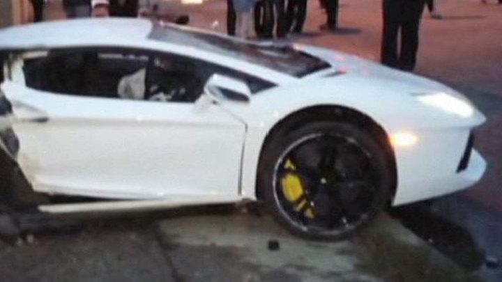 ДТП по-голливудски: Lamborghini разорвало пополам