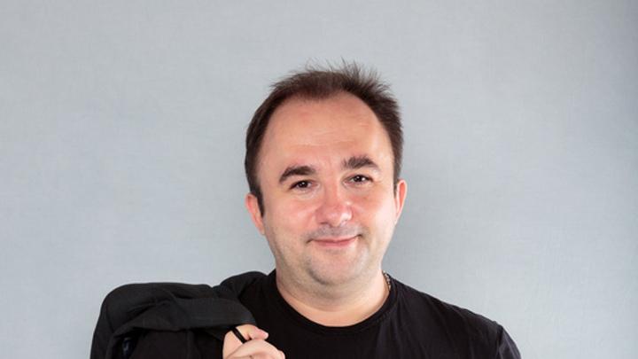 Чернов Дмитрий  - ведущий различных программ на радио и телевидении