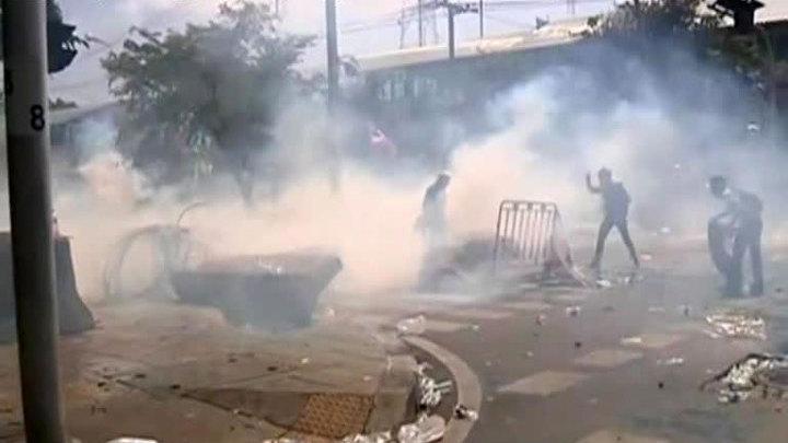Армия подумывает вмешаться в ситуацию в Таиланде