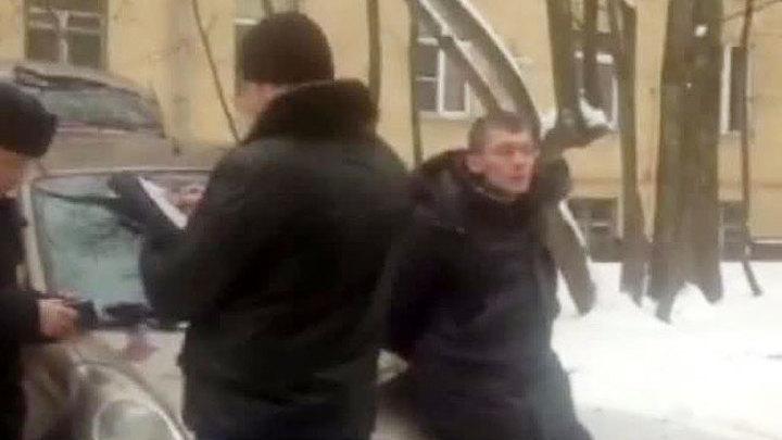 Вести.Ru: На юге Москвы задержан мужчина, обстрелявший полицейский ...