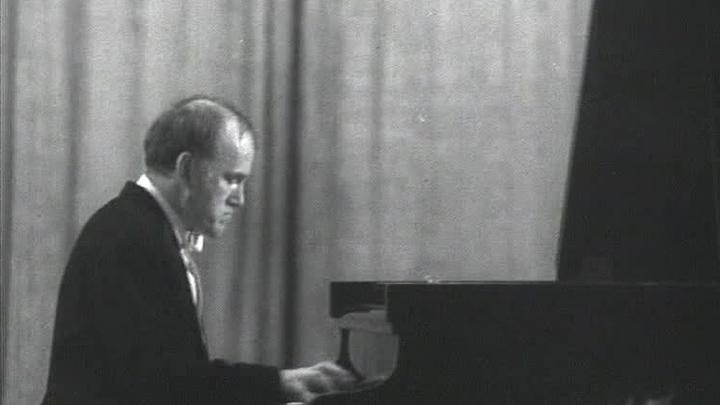 Неидеальный Рихтер: в архивах нашли потерянные записи пианиста