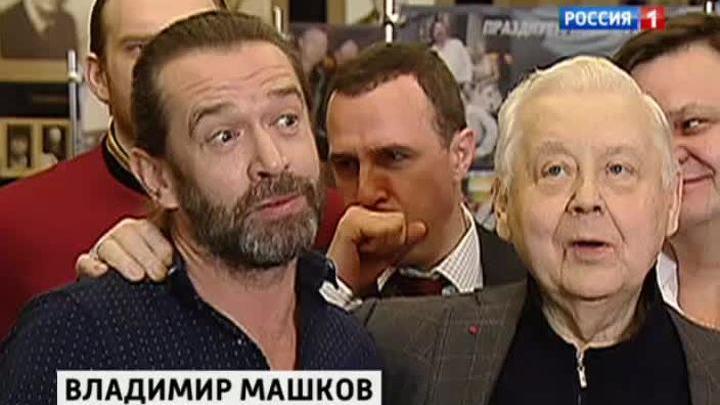 Режиссер Машков вернулся в МХТ со старым спектаклем на новый лад