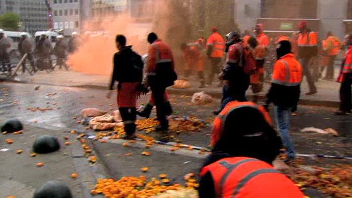 """В ходе """"апельсиновых"""" беспорядков ранены 27 бельгийцев"""