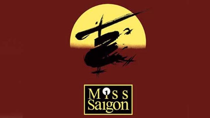 Постер мюзикла ''Мисс Сайгон'' (''Miss Saigon''). Авторы Клод-Мишель Шёнберг (Claude-Michel Schönberg) и Ален Бублиль (Alain Boublil).