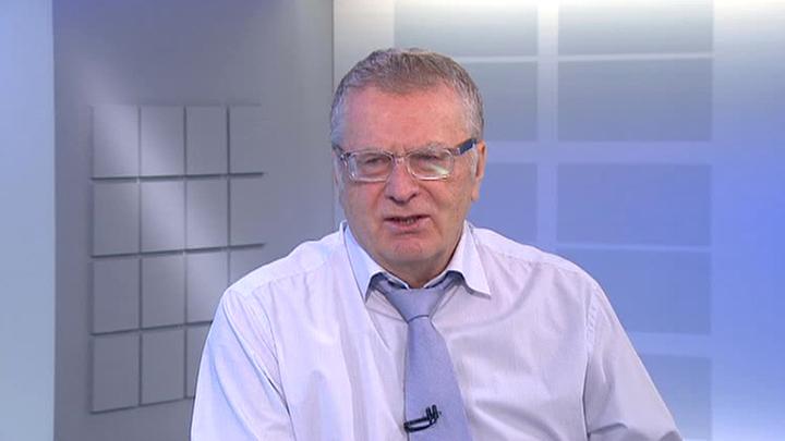 Жириновский: Яценюку выгодно сбежать, но к уголовной ответственности его привлекут