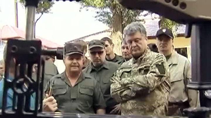 Порошенко обещает новое оружие, но военные близки к отчаянию