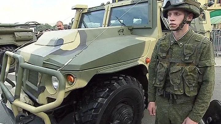 """На фестивале """"Армия России"""" чествуют лучших военных"""