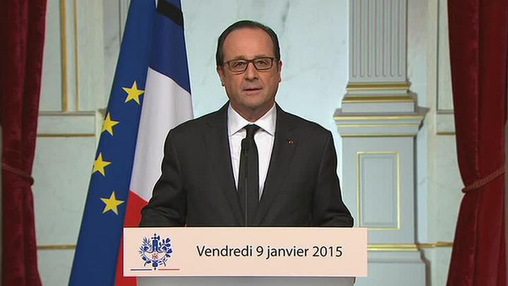 Олланд призвал французов быть начеку