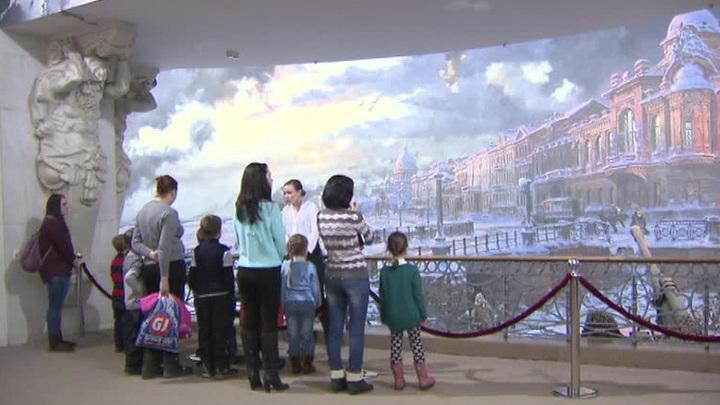 В центральном музее Великой Отечественной войны прошла экскурсия для беженцев