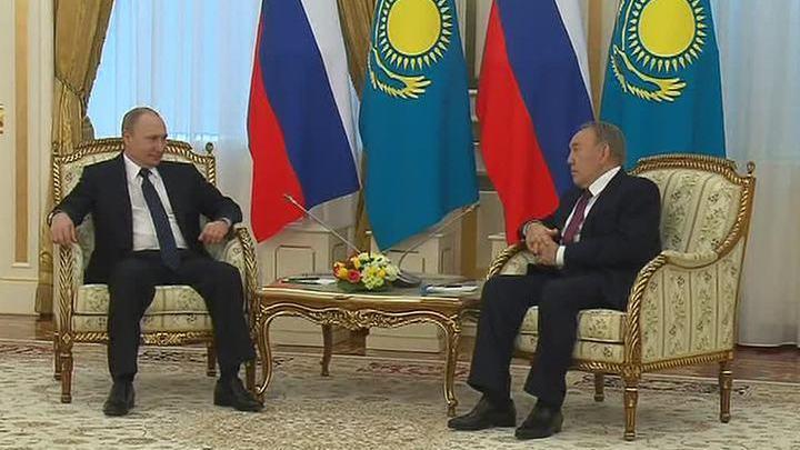 Владимир Путин: России и Казахстану удастся совместно преодолеть экономические трудности