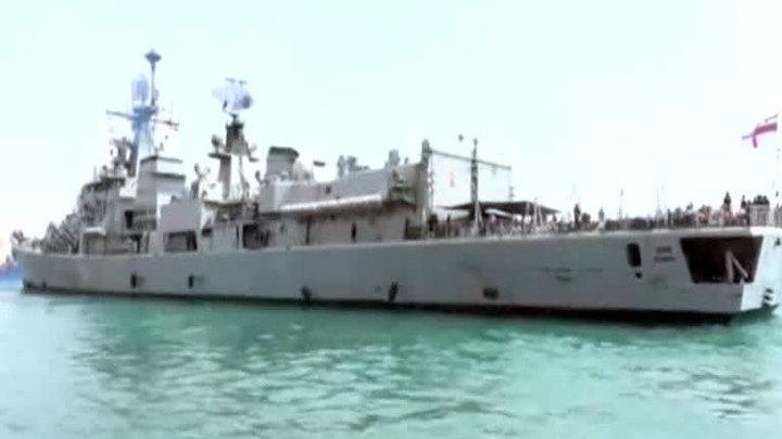 Российский военный корабль эвакуировал более 300 человек из Йемена