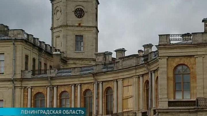 Архитектурные альбомы Гатчины и Шантийи представят в Музее имени Щусева