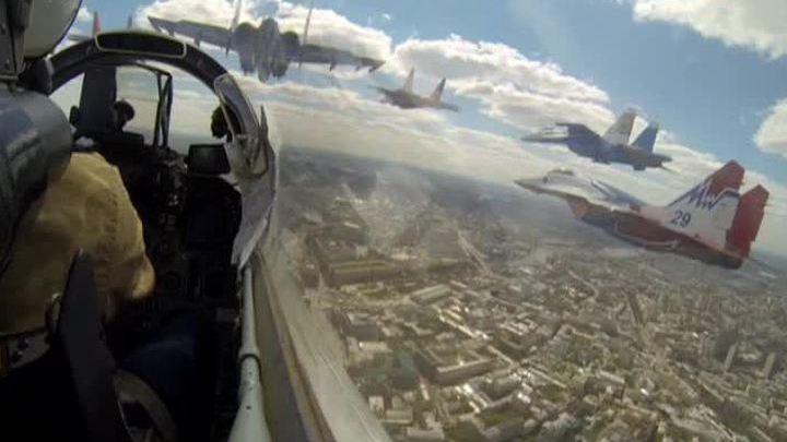 Москва содрогнулась от рева двигателей: это репетиция, Парад Победы еще впереди