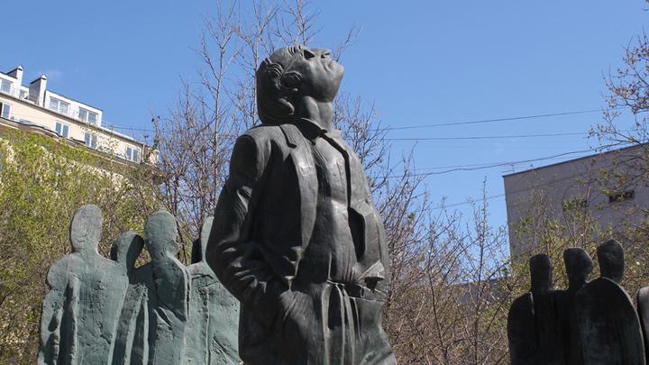 Иосиф Бродский на Садовом кольце Москвы