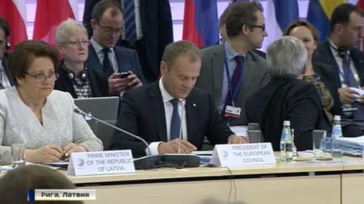 """Саммит пустых обещаний: Порошенко раскритиковал """"Восточное партнерство"""""""