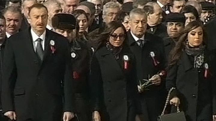 В Азербайджане почтили память погибших в Ходжалы
