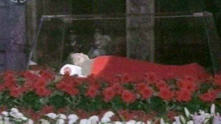 Прощание с Ким Чен Иром: о покойном скорбит даже природа