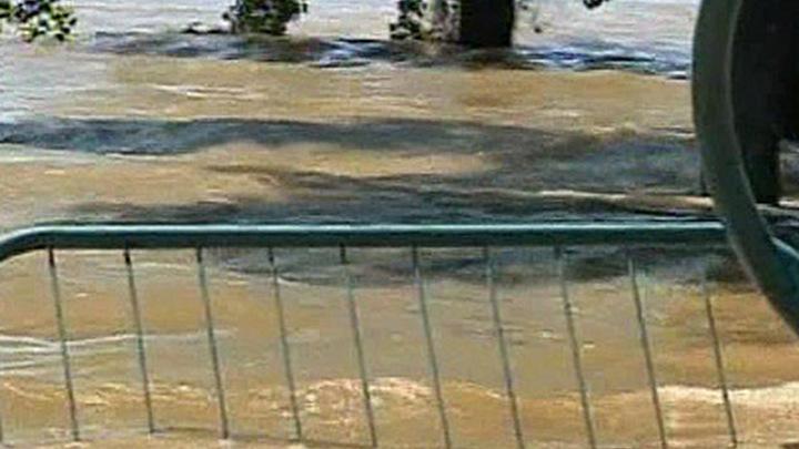 В США продолжается сильнейшее за последние 80 лет наводнение