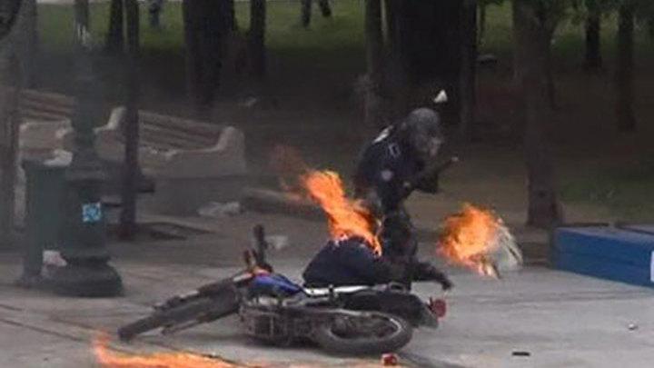 Греция. Столкновения с полицией