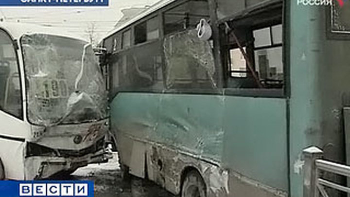 Голых индусок в автобусе в час пик видео задрала ягодицы